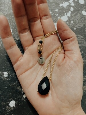 Riz Mini Necklace
