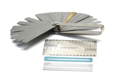 Carparelli Stainless Steel Feeler Gauge Dual Marked Metric and Imperial Gap Measuring Tool (0.04-0.88 mm, 32 Blades)