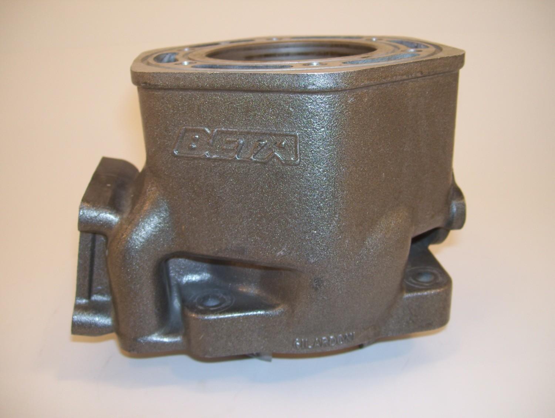 1990 Beta Zero Cylinder