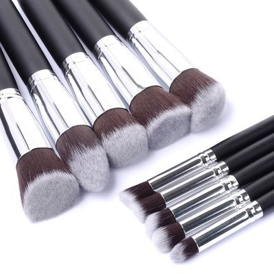 WAS $39.95 - 70% OFF! High Quality 10 Piece Professional Make Up Brush Set in Silver or Gold