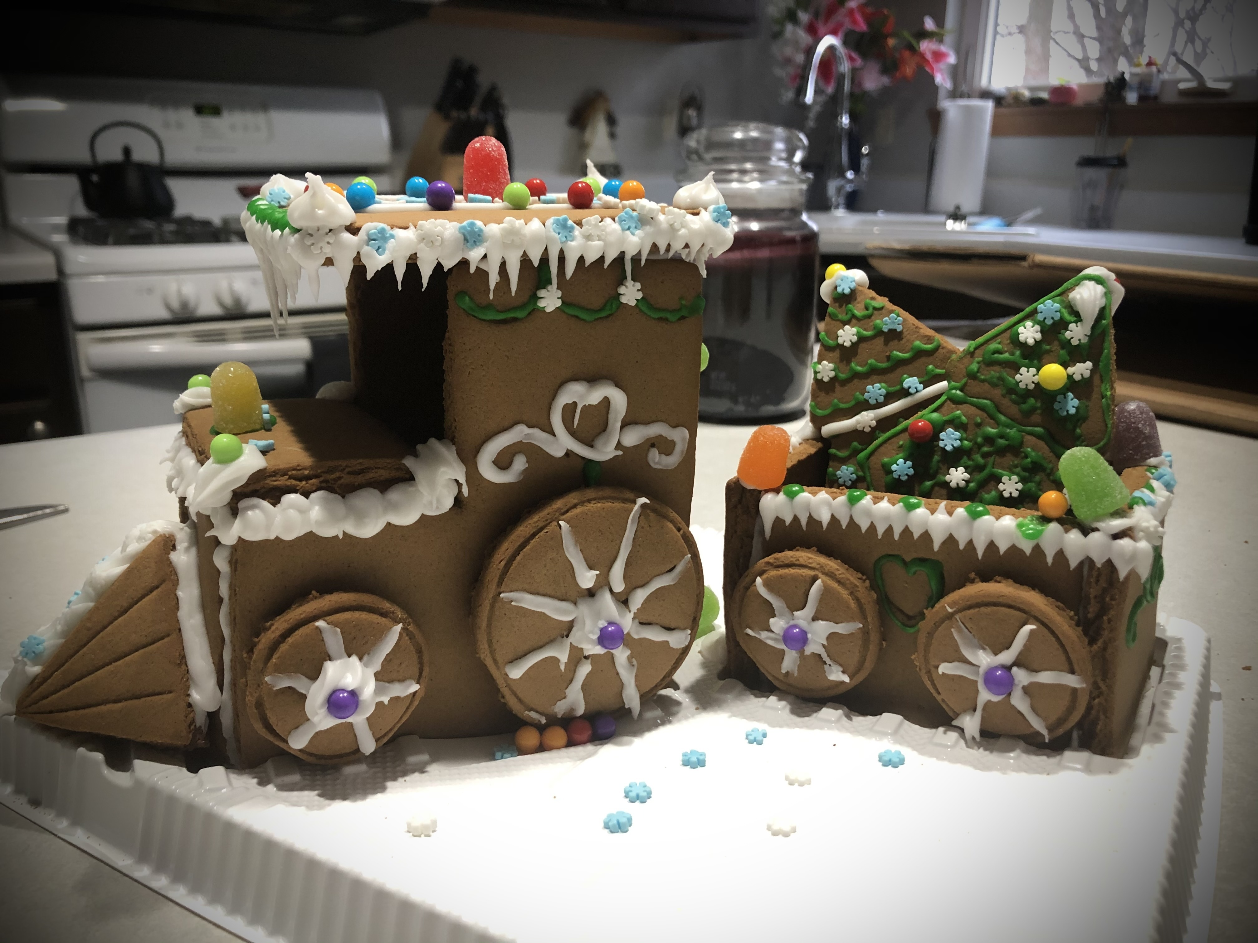 Gingerbread House Building and Breakfast Gingerbread