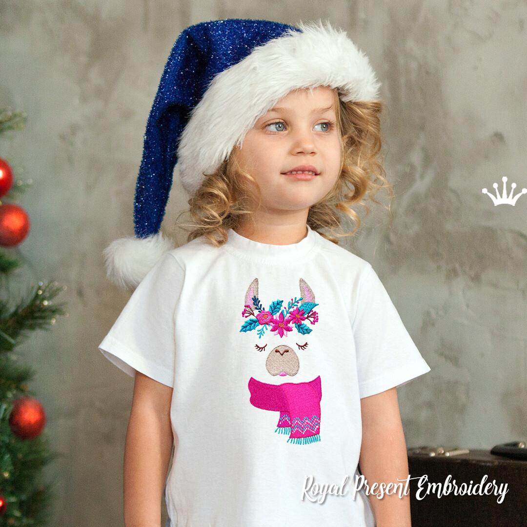 Новогодняя Лама в шарфе Дизайн машинной вышивки - 2 размера