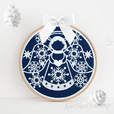 Новогодний Шарик с Ангелом с сердечком Дизайн Машинной Вышивки