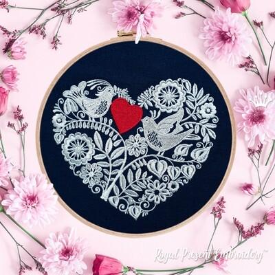 Дизайн для машинной вышивки Два влюбленных голубка - 3 размера