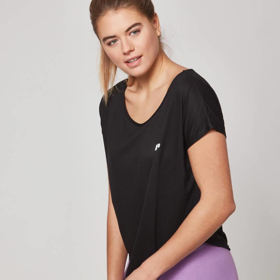 Camiseta con Cuello Redondo - M - Negro
