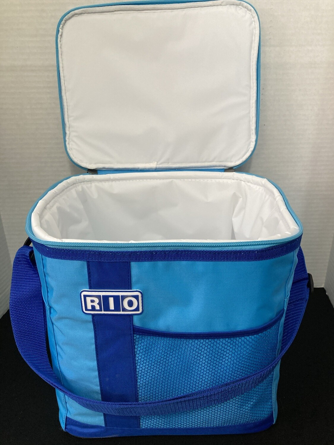 Cooler, 24 Can Insulated Bag