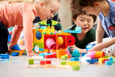 Занятие с дошкольниками: изучение окружающего мира и анализ эмоциональных состояний