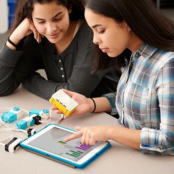 Образовательная робототехника с использованием LEGO WeDo 2.0, LEGO EV3 и SPIKE Prime