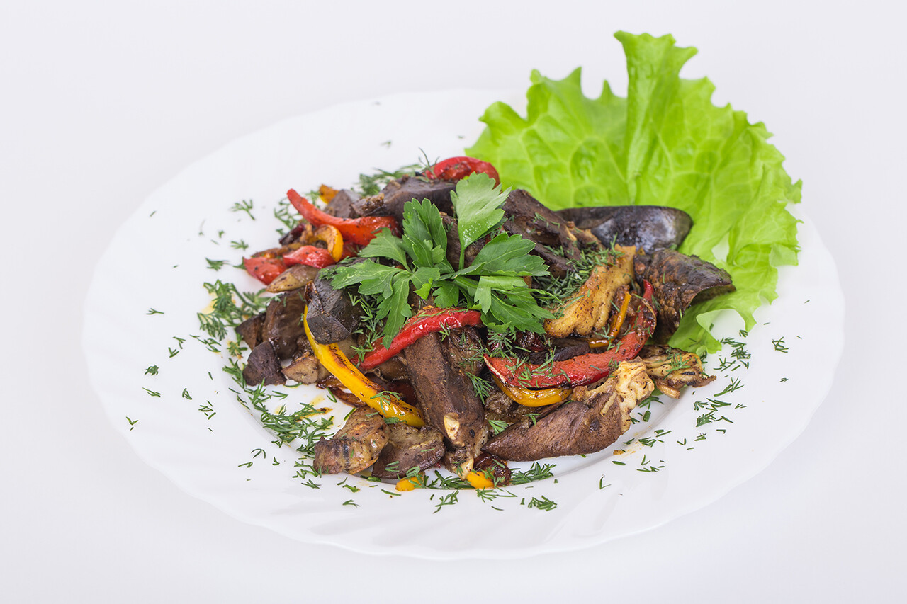 Дотур - бараньи внутренности обжаренные с овощами. 300 гр.