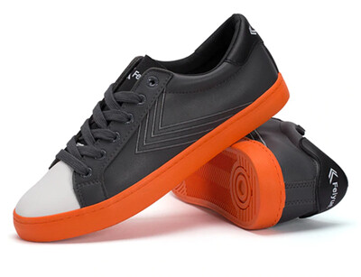 Smart Duo-Tone Feiyue Sneaker