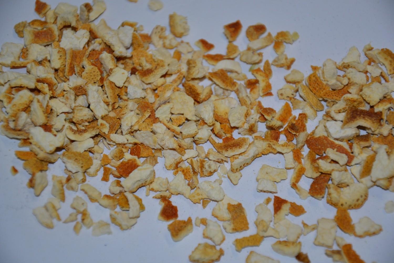 Orangenschalen süß geschnitten