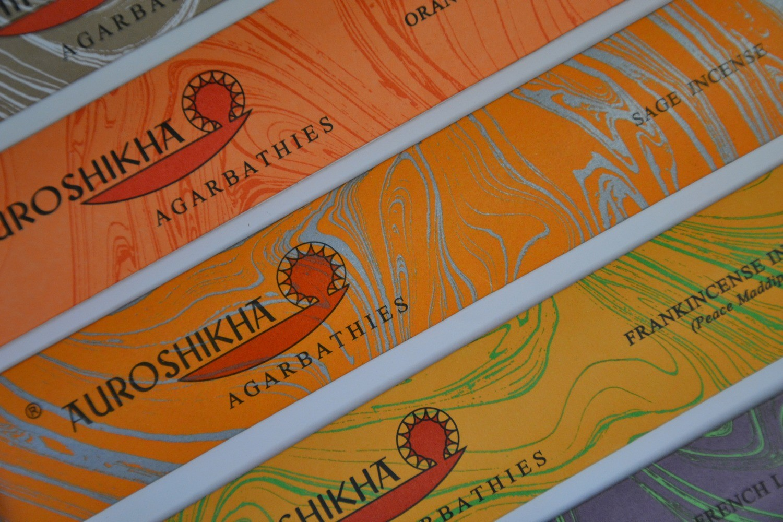 Auroshikha Räucherstäbchen aus Indien - verschiedene Düfte