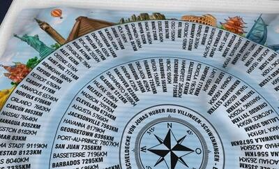 Lieblings- Kuschel- Decke 150 x 150cm mit Entfernung und Peilung aus deinem Wohnzimmer, Kinderzimmer