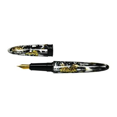 Black & White | Fountain pen
