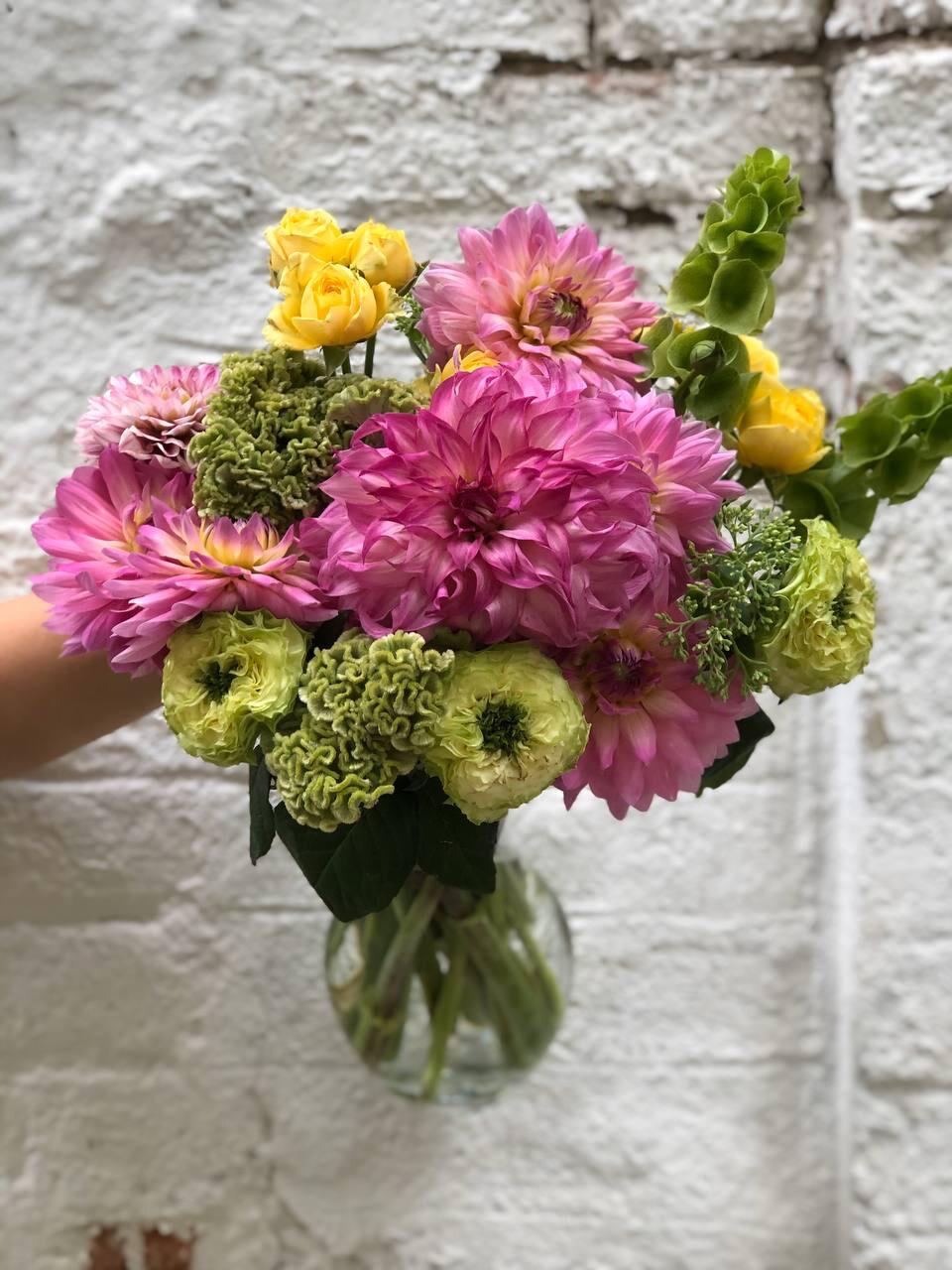 Hot offer + vase  #398s