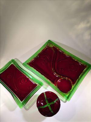 Red/Green Platter Set