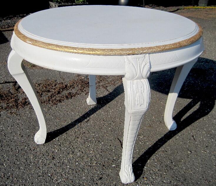 Rundt bord m. guldkant Ø83H65 cm