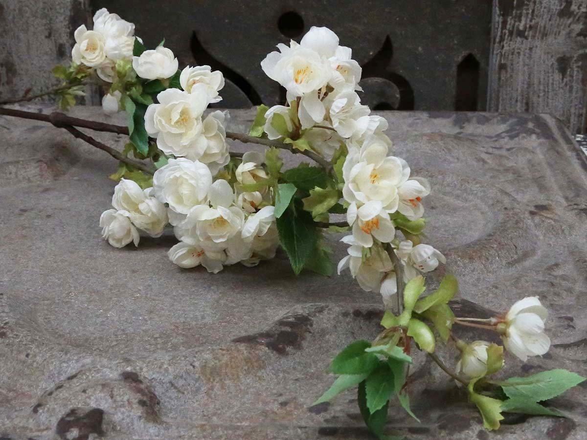Dekorationsgrene - Æblegren hvid. H106 cm