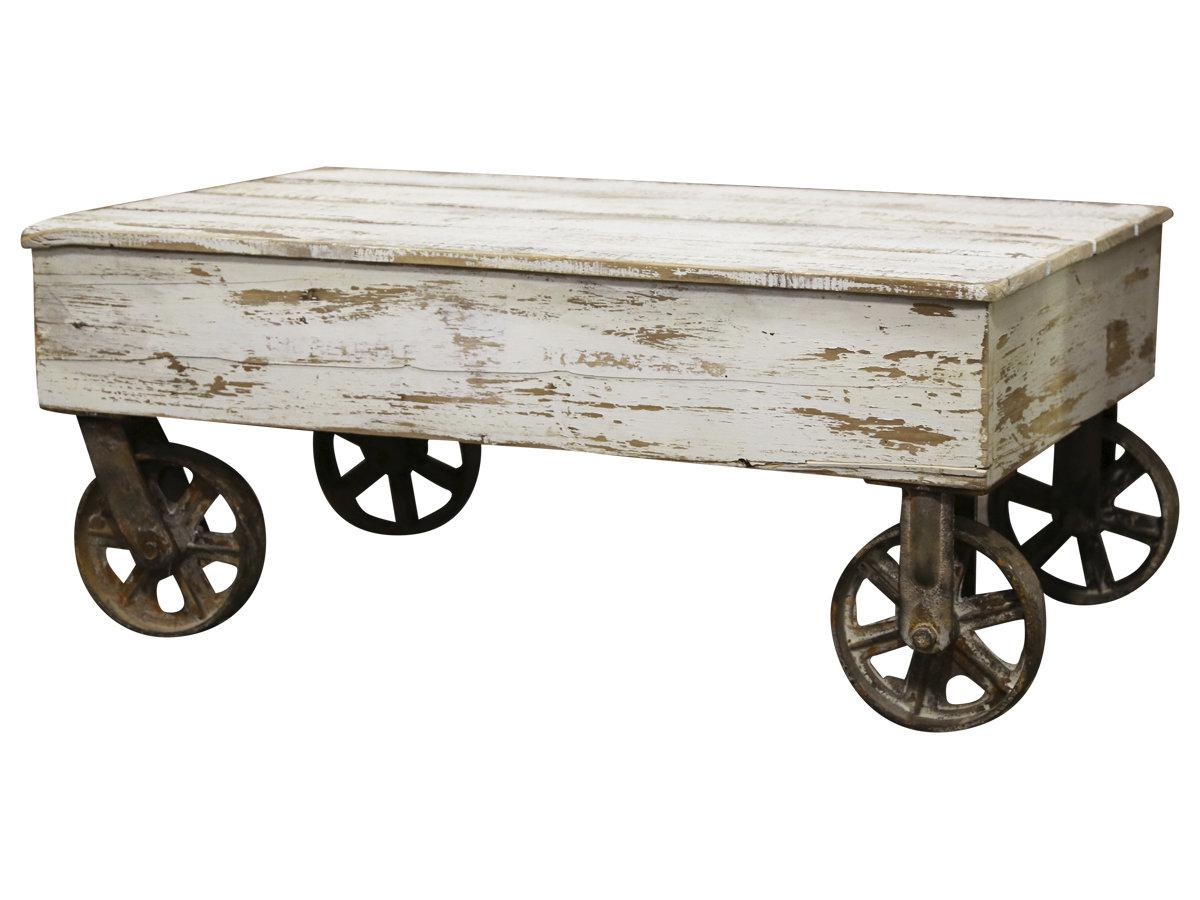 Fransk sofabord på hjul