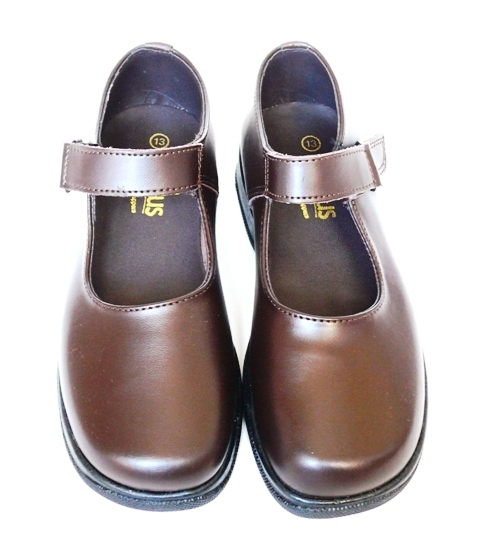 girl brown shoes
