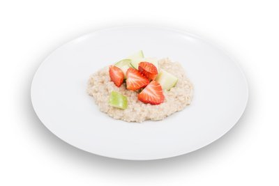 Oatmeal & Fresh Fruit
