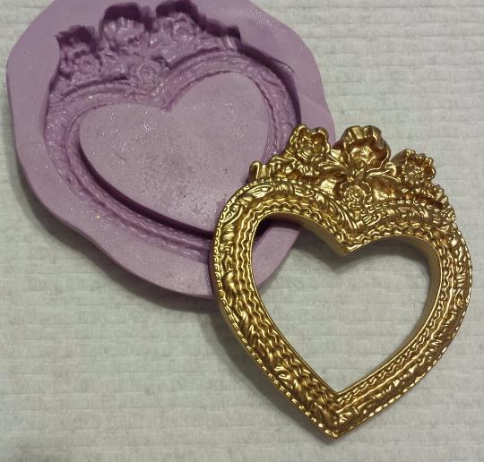 Open Heart Frame Mold