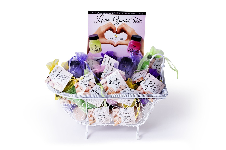 Bathtub Display with 40- 2 oz. Assorted fragrances in organza bag with a scoop.