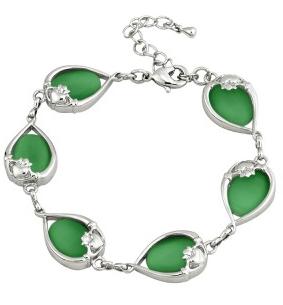 Green Cat Eye Claddagh Bracelet