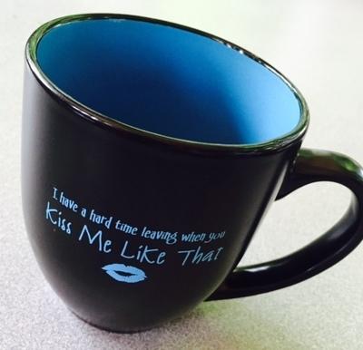 """""""Kiss Me Like That"""" Mug- Black"""