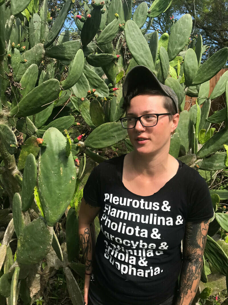 R1903 Cali Janae - Plant Family Identification for Herbalists