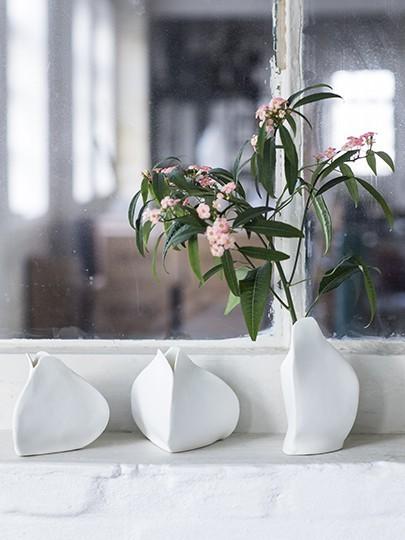 Porzellan Vasen Handarbeit von SERAX