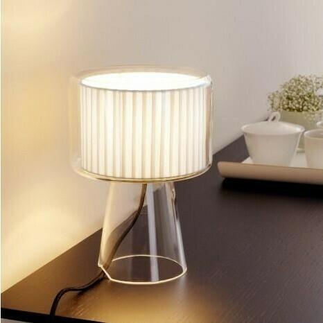 Mercer Designer Glas-Tischleuchte mit Baumwoll-Plissee
