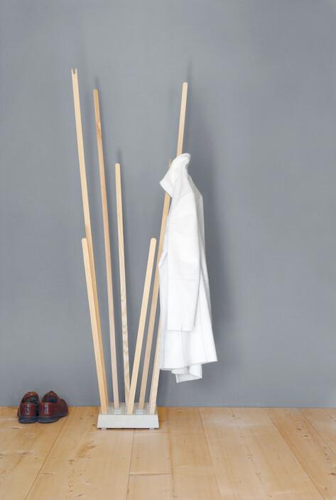 Garderobe Pin Coat von Nils Holger Moormann