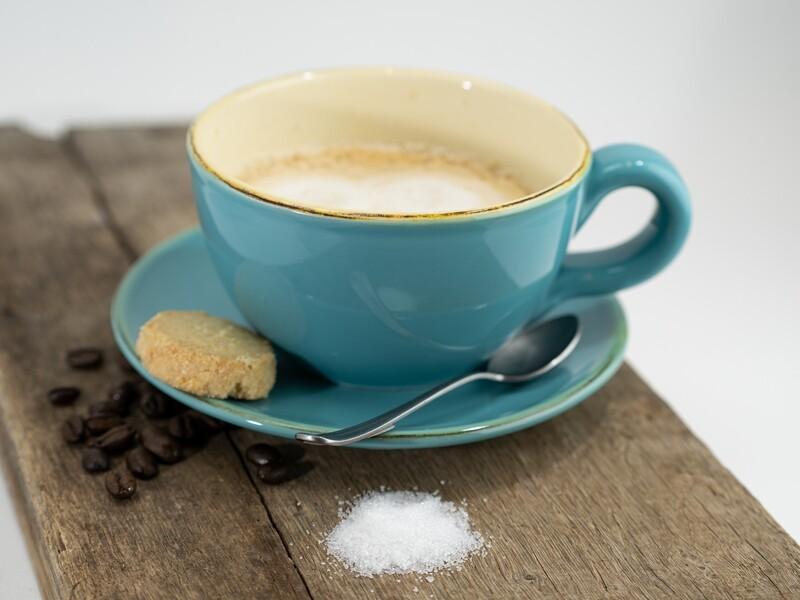 Bunte ital. Keramik Milchkaffee-Tasse von Grün & Form