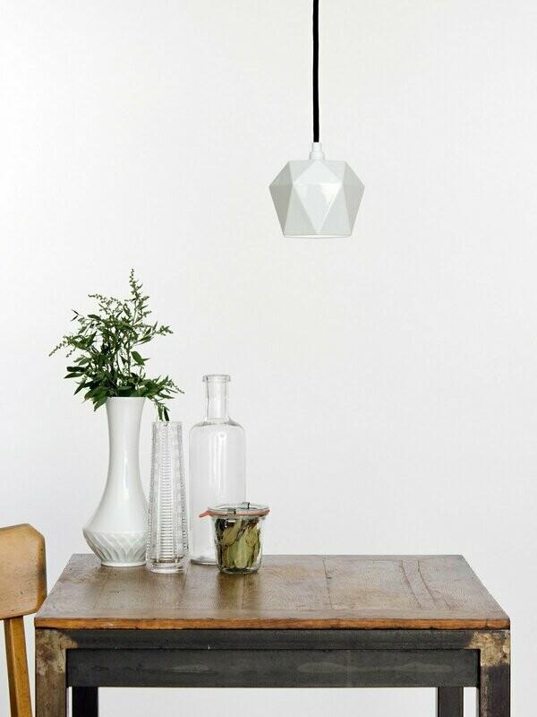 Designer-Pendelleuchte aus weißem Porzellan
