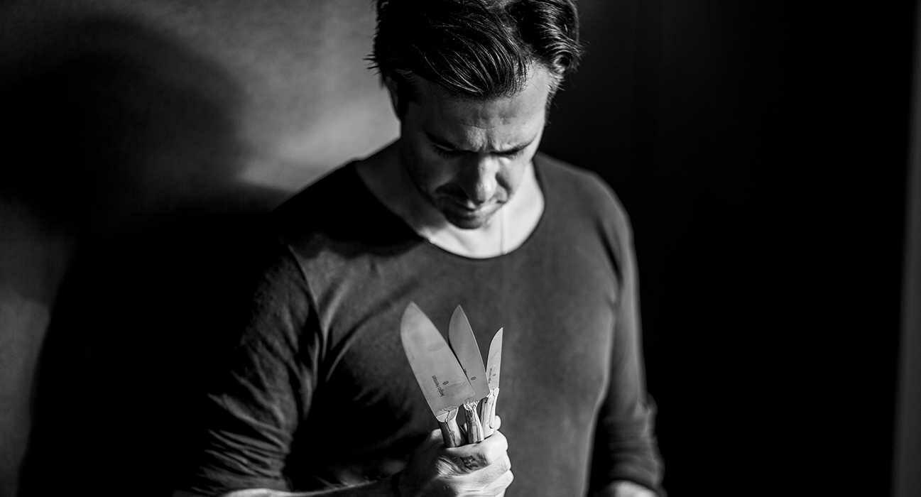 Surface Edelstahl Designer Messer mit Holzgriff  von SERAX