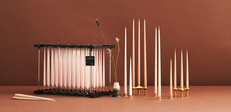 Stearin Spitz-Kerze 22 x 1,6cm  3Std. von ester & erik