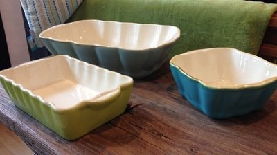 Bunte ital. Keramik Auflaufformen von Grün & Form