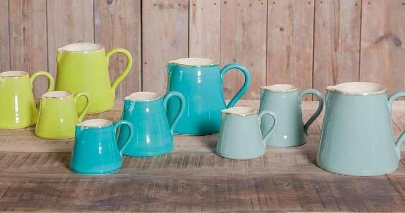Bunte ital. Keramik Krüge von Grün & Form