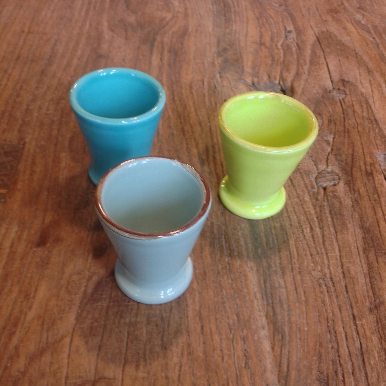Bunte ital. Keramik Eierbecher von Grün & Form