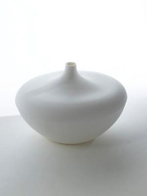 Porzellan Vase D22 von SERAX Handarbeit