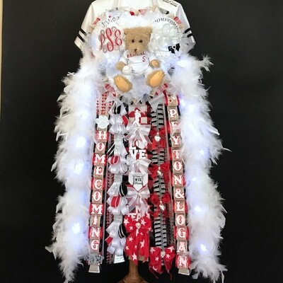 Deluxe Triple Homecoming Mum