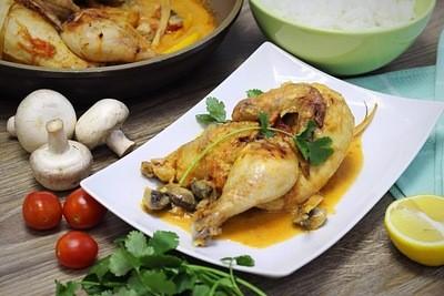 Цыпленок, запеченный в тайском соусе, с жасминовым рисом