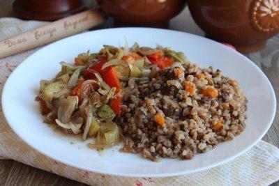 Гречотто с грибами и теплым салатом