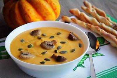 Суп-пюре из тыквы с грибами и гриссини (4 порции)