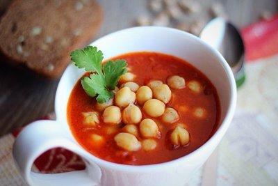 Томатный суп с нутом (4-6 порций)