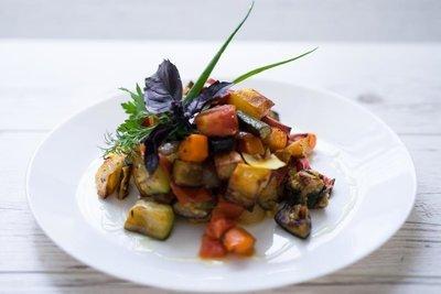Соте из запеченных овощей