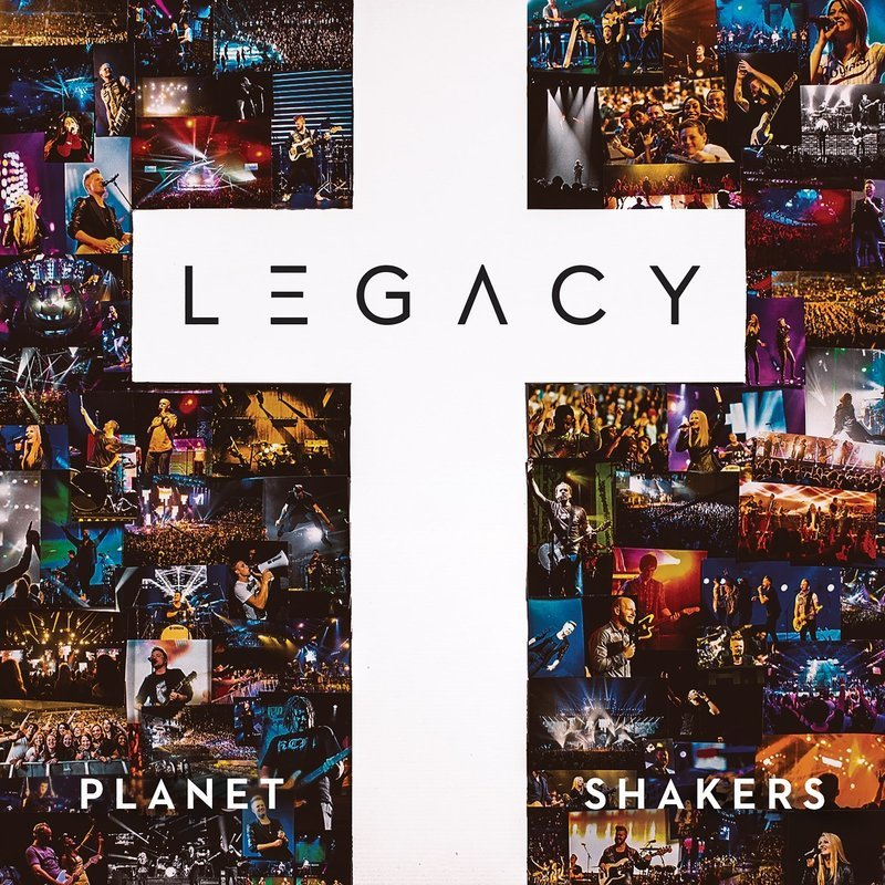 Legacy (Deluxe CD+DVD)