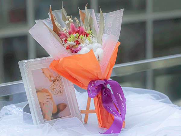 PETITE SIZE DRIED FLOWER BOUQUET