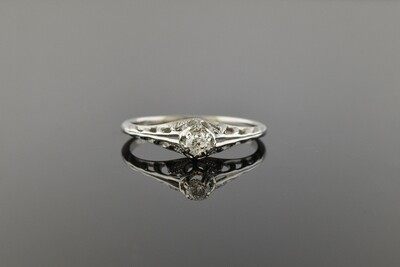 Darling Art Deco Diamond Ring